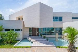 445 Solano Prado Modern House Facade